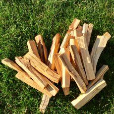 bois de palo santo en morceaux
